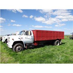 1985 GMC 2-ton truck,18' box