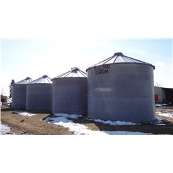 Eaton grain bin, appx. 2600 bu., on concrete