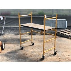 3' X 4' COLLAPSIBLE ROLLING SCAFFOLD STAND