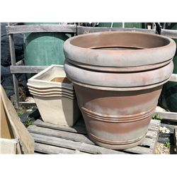 LOT OF ASSORTED DECORATIVE PLANTERS