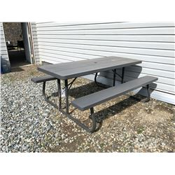6' COLLAPSIBLE PICNIC TABLE