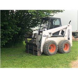 BOBCAT 953 C-SERIES SKID STEER, 2400 LB CAPACITY, 1608 CURRENT HOURS, COMES WITH FORK LIFT