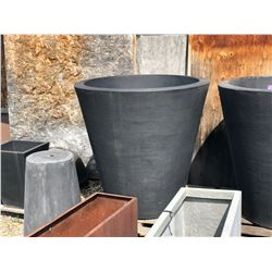 4' BLACK PLASTIC DECORATIVE PLANTER