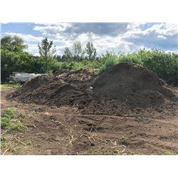 APPROX. 300 YARD PEAT BASED PLOTTING SOIL MIX PILE