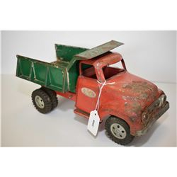 "Vintage pressed tin 1950's style dump truck with tilting box, note missing tailgate, 13"" in length"