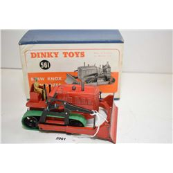 """Dinky toy """"Blaw Knox Bulldozer"""" No. 561 in good condition with original box"""