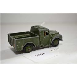 Dinky toy Army one ton cargo truck No. 641 in fair condition