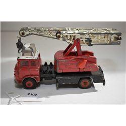 """Dinky Toys """"Jones Fleetmaster """" No. 970 folding crane in fair condition"""