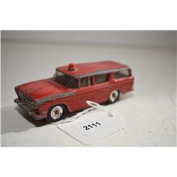 "Dinky toys ""Nash Rambler"" No. 173 Fire Department car in fair condition"