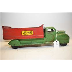 "Vintage Lincoln pressed steel dump truck ""The Phil Wood Busy Body"", in original played with conditio"