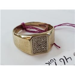Gent's 10kt yellow gold and diamond pinky ring