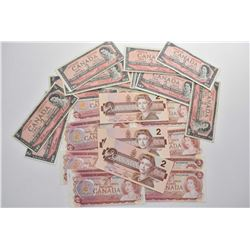 Selection of Canadian $2 bills including fourteen 1954 circulated bills, nine signed Beattie Raminks