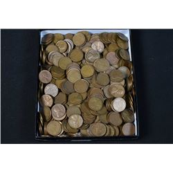 Large selection of American pennies