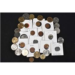 Selection of American collector coins including pennies, Sacagawea dollars, etc