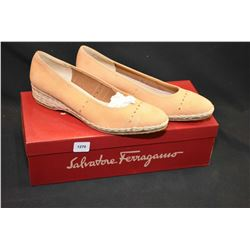 Pair of Salvatore Ferragamo Italian leather pumps, as new with box, size 6