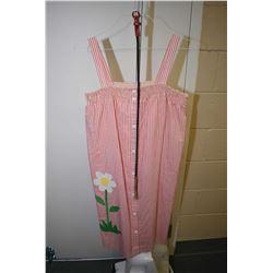 Vintage cotton Models Dress for I. Magnin & Co. sundress with flower appliqu'