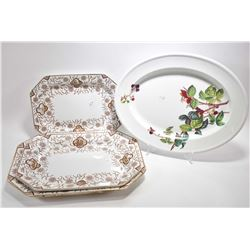 Set of three graduating sized Ridgeways Gordon platters and a Copeland platter