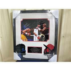 THE FIGHT OF THE CENTURY! FLOYD MAYWEATHER AND MANNY PACQUIO AUTOGRAPHED PHOTO WITH COA