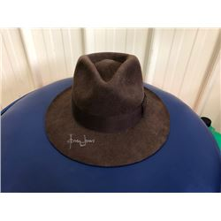 RARE INDIANA JONES BRANDED HAT SIGNED BY HARRISON FORD. AUTOGRAPH VERIFIED BY GLOBAL AUTHENTICS. COA