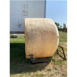 1000 Gallon Water tank