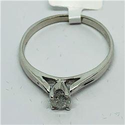 88) 14K WHITE GOLD DIAMOND RING