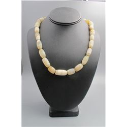 Agate beads necklace(wire wrapping--Dzi), condition as is show in photo.