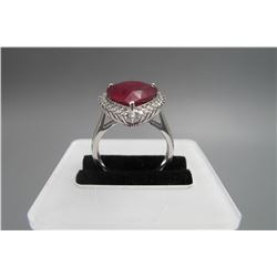 18k platina inlay ruby (around 3 karat ),classical disgn  heart shape,size :     US 7, condition as