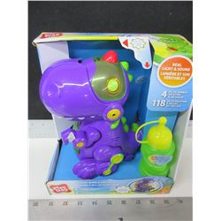 New Play Day Walking Bubble Dinosaur / comes with bubble solution