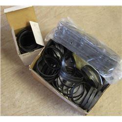 BOX OF ASSORTED GEAR ADAPTOR RINGS