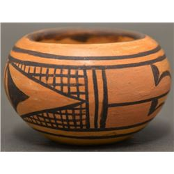 HOPI INDIAN POTTERY BOWL (ANT WOMAN)