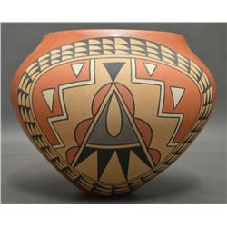 JEMEZ INDIAN POTTERY JAR (THERESA TSOSIE)
