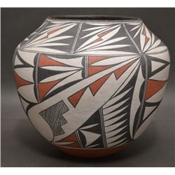 ACOMA INDIAN POTTERY OLLA