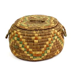 Native American Hopi 4-Toned Lidded Basket