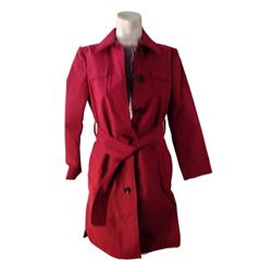 The Upside Jenny (Genevieve Angelson) Movie Costumes