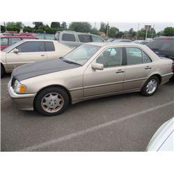 2000 Mercedes-Benz C280