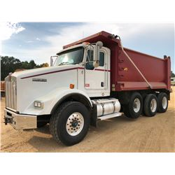 2011 KENWORTH T800 DUMP TRUCK, VIN/SN:1NKDXUTX5BJ281009 - TRI-AXLE, CAT C13 ENGINE, ALLISON A/T, 46K