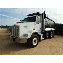 2007 KENWORTH T800 DUMP TRUCK, VIN/SN:1NKDXBTX07J175224 - TRI-AXLE, 475 HP CAT C15 ENGINE, 8LL TRANS