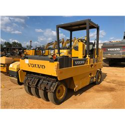 2015 VOLVO PT125 ROLLER, VIN/SN:326119 - PNEUMATIC, CANOPY, METER READING 2,361 HOURS