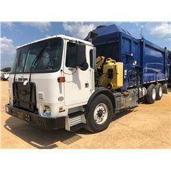 2016 AUTOCAR XPEDITOR GARABGE TRUCK, VIN/SN:5VCACR8G8GH221121 - T/A, 380 HP CUMMINS ENGINE
