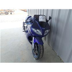SUZUKI SV*S MOTORCYCLE