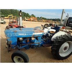 FORD 2600 FARM TRACTOR, VIN/SN:0662219 - 12.4-28 TIRES, METER READING 2,440 HOURS