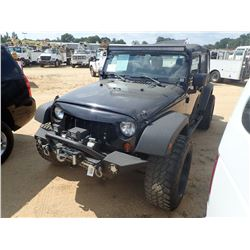 2013 JEEP WRANGLER VIN/SN:1C4BJWDG7DL516666 - 4X4, GAS ENGINE, A/T, 12,000LB WINCH, ODOMETER READING