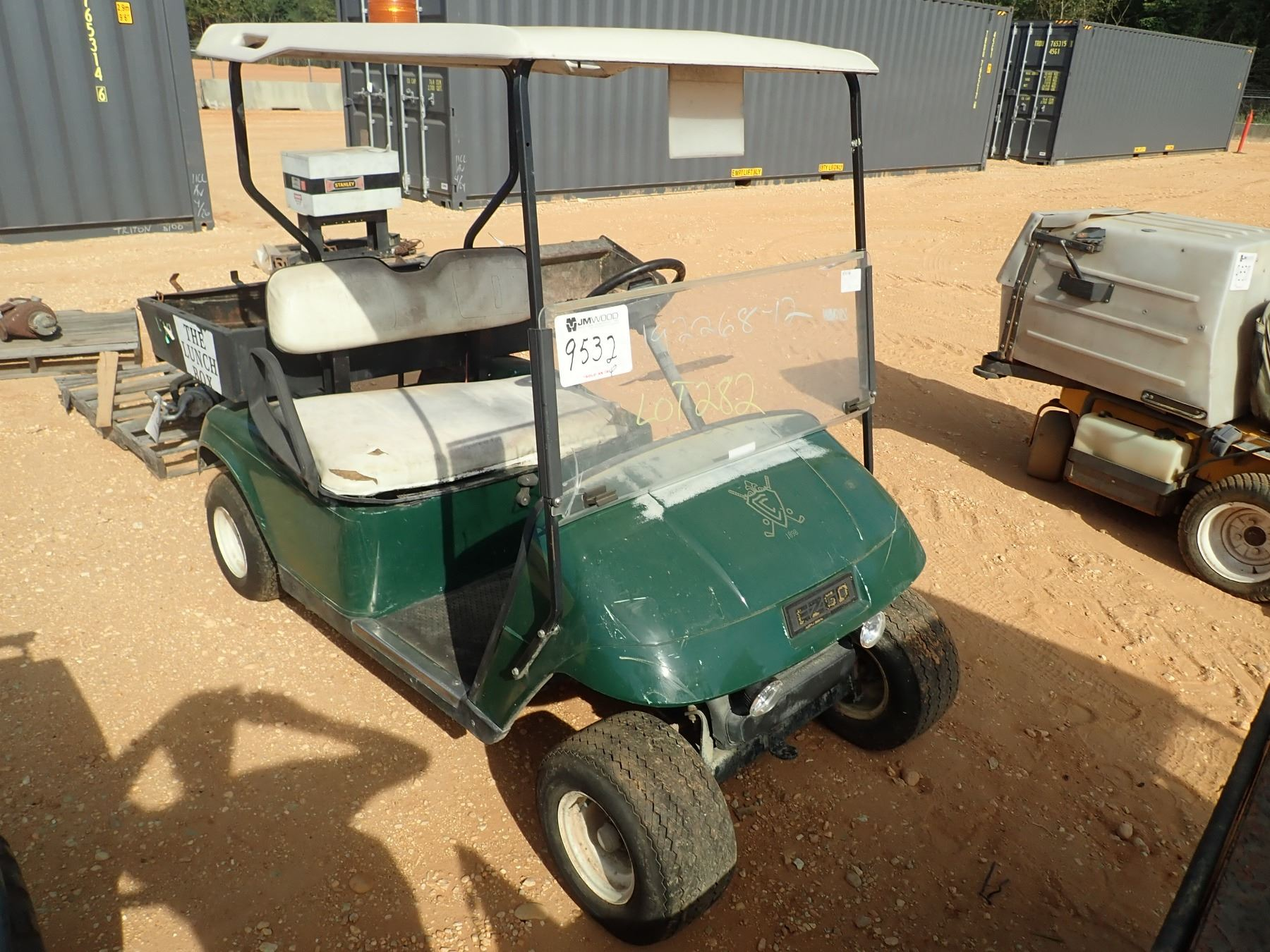 E-Z GO GOLF CART, ELECTRIC (DOES NOT OPERATE) (C-8) - J.M ...