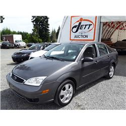 J3 --  2007 FORD FOCUS ZX4 , Grey , 194930  KM's