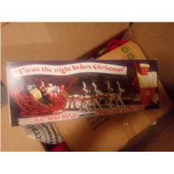VINTAGE THE NIGHT BEFORE CHRISTMAS ELECTRIC DISPLAY IN ORIGINAL BOX / LIKE NEW