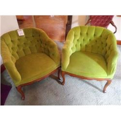 PAIR OF VINTAGE GREEN UPHOLSTERED CHAIRS