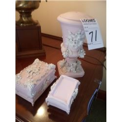 5 PIECE SET PINK AND WHITE VANITY SET