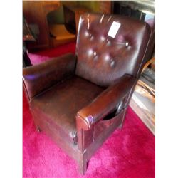 ELECTRIC LIFT CHAIR, WORKS GOOD