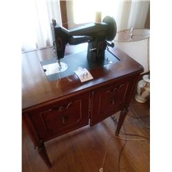 BEAUTIFUL VINTAGE KENMORE CABINET SEWING MACHINE