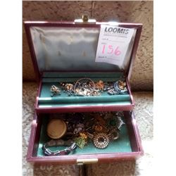 JEWELRY BOX FULL OF BEAUTIFUL VINTAGE COSTUME JEWELRY